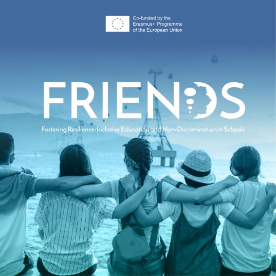 Foto Leaflet FRIENDS (bron: Logo FRIENDS, Fostering Resilence-Inclusive Education and Non-Discrimination in Schools (bron https://friends-project.eu/)